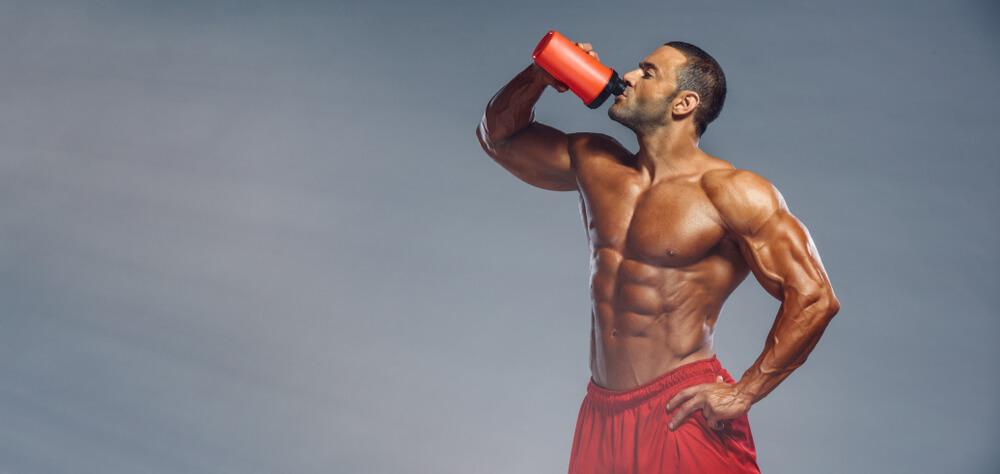 Die richtigen Supplements für Anfänger beim Muskelaufbau