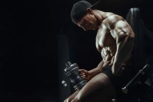 Post Cycle Therapy Anleitung: Steroide und Prohormone richtig absetzen